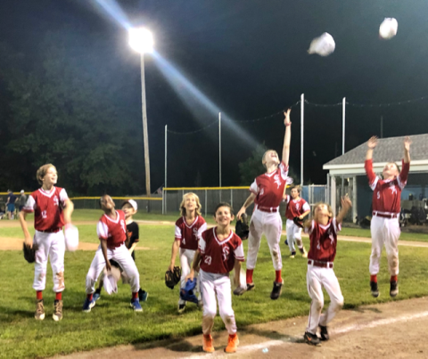 10U Cougars Elated